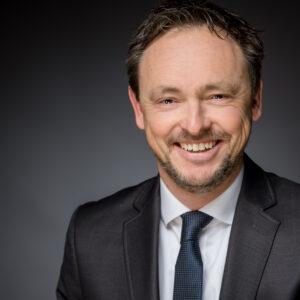Dr. Stephan Kolschen